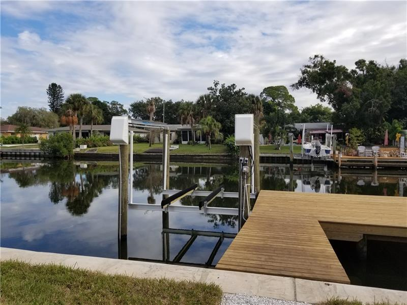 4891 NE SHORE ACRES, ST PETERSBURG, FL, 33703