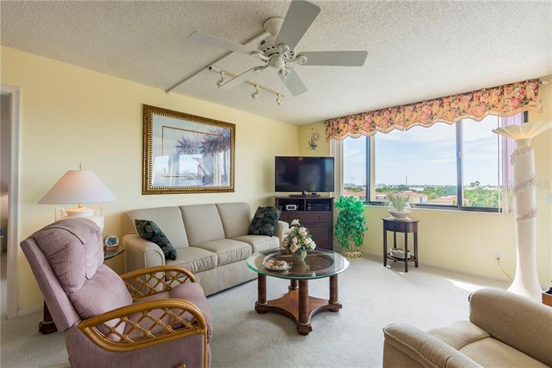 6322 S PALMA DEL MAR 504, ST PETERSBURG, FL, 33715