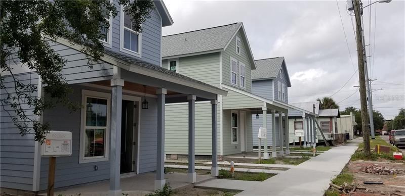 2700 E MANATEE, BRADENTON, FL, 34208
