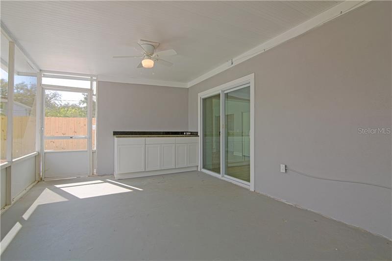 5927 N 10TH, ST PETERSBURG, FL, 33703