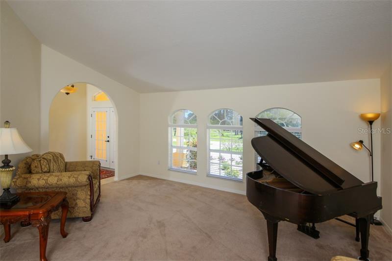 1152 BOUNDARY, ROTONDA WEST, FL, 33947