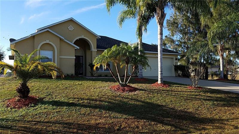 S4855960 Kissimmee Waterfront Homes, Single Family Waterfront Homes FL