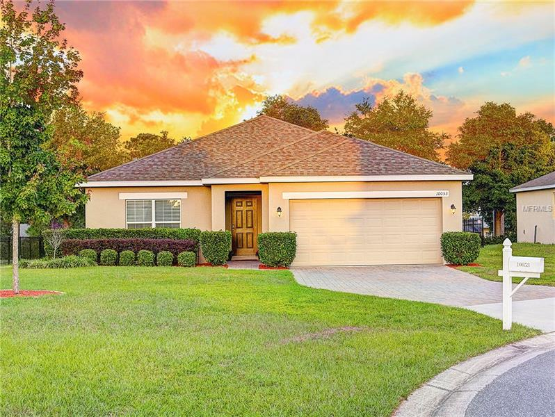 V4723960 Clermont Waterfront Homes, Single Family Waterfront Homes FL