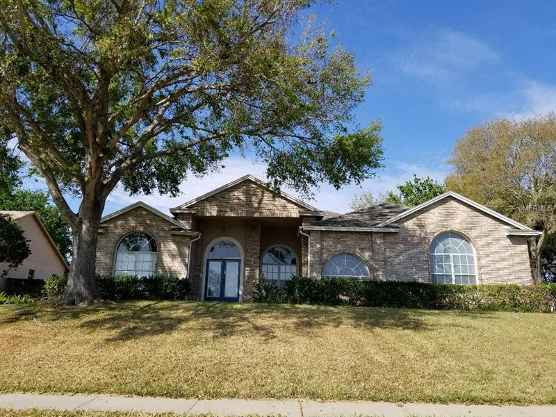 O5700027 Clermont Waterfront Homes, Single Family Waterfront Homes FL