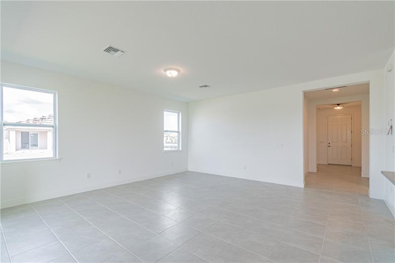 10123 CARNOUSTIE, BRADENTON, FL, 34211