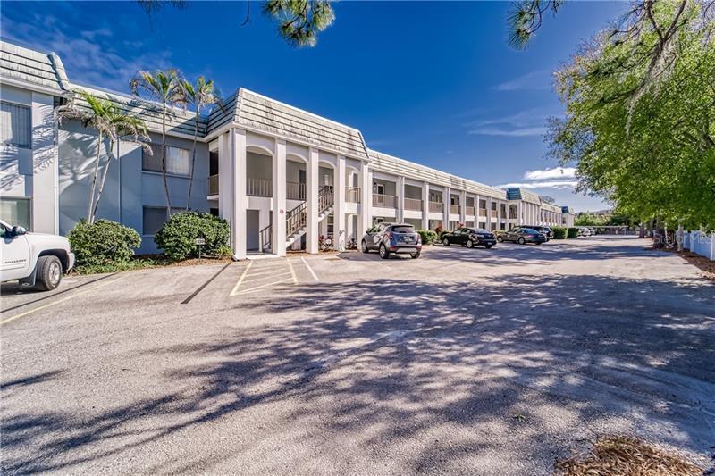 8651 N 10TH 128, ST PETERSBURG, FL, 33702