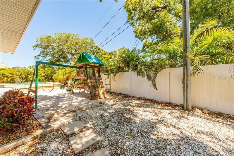, BELLEAIR, FL, 33756
