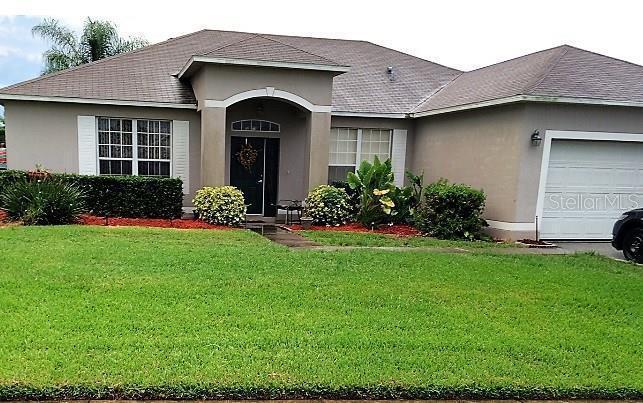 1642  STANLEY,  GROVELAND, FL