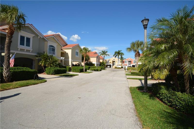 14 S JEFFERSON, ST PETERSBURG, FL, 33711