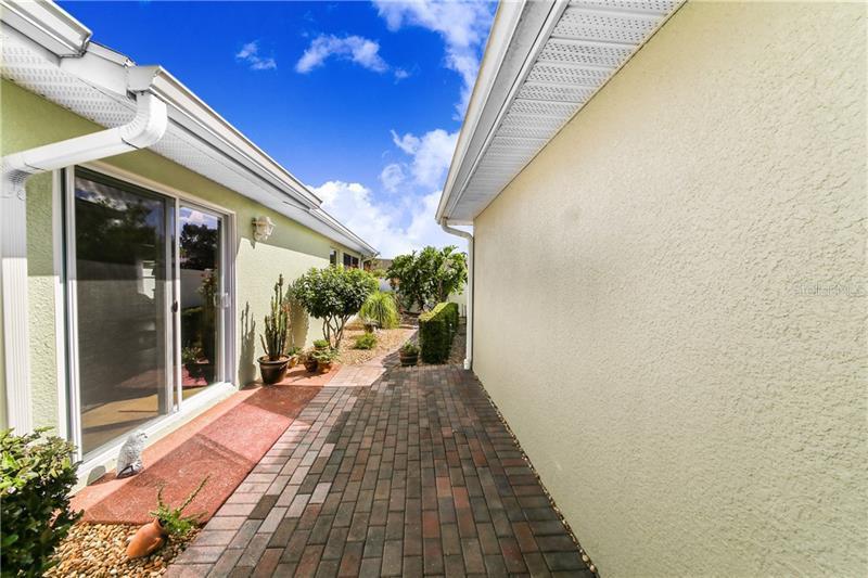 3383 LIVINGSTON, WINTER HAVEN, FL, 33884