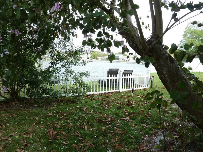5935 N BAY LAKE, ST PETERSBURG, FL, 33708