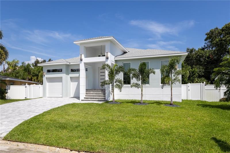 5871 NE HOBSON, ST PETERSBURG, FL, 33703