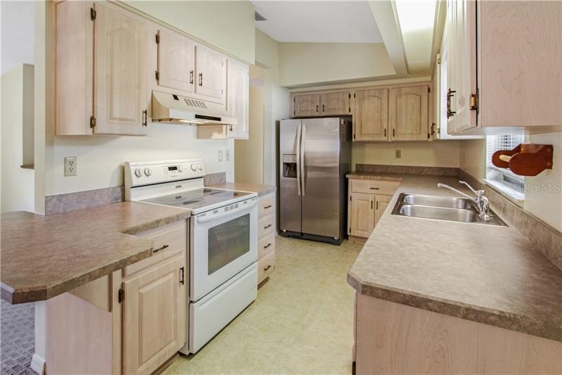 4151 IDLEWILD, FRUITLAND PARK, FL, 34731