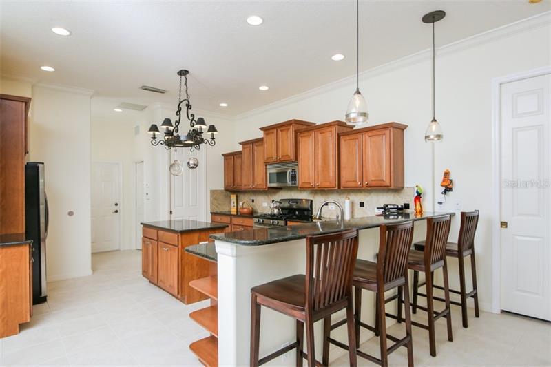 345 BLACKBIRD, BRADENTON, FL, 34212