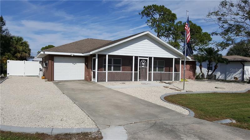 22464  LEWISTON,  PORT CHARLOTTE, FL