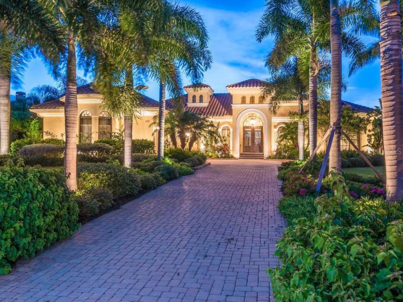 1535  RAPHIS ROYALE,  ENGLEWOOD, FL