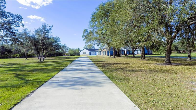 3905  MAMMOTH GROVE,  LAKE WALES, FL