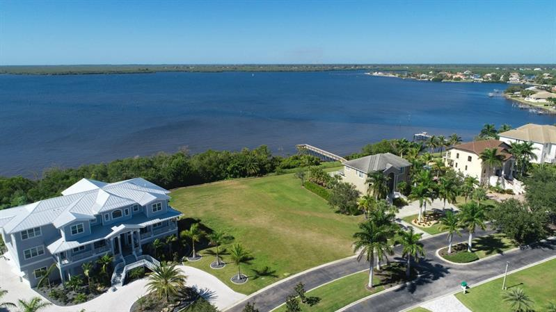 4591  GRASSY POINT,  PORT CHARLOTTE, FL