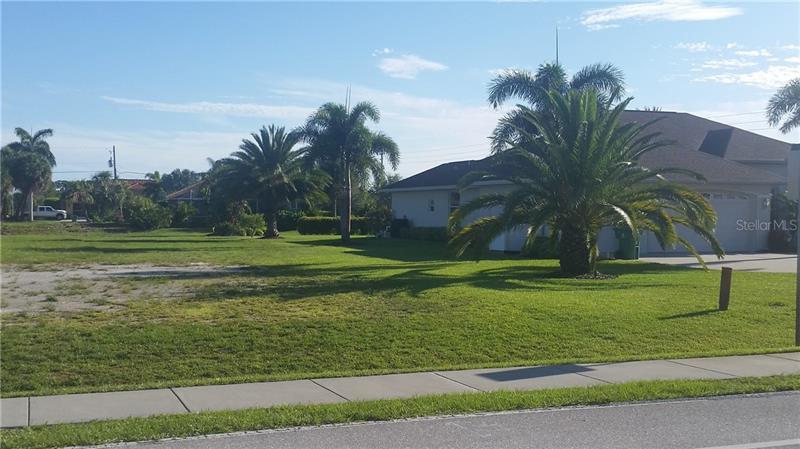 289 E ROTONDA, ROTONDA WEST, FL, 33947