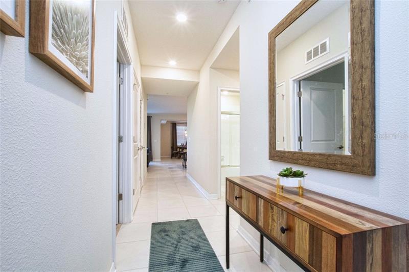 O5717830 Kissimmee Waterfront Condos, Condo Buildings, Condominiums FL