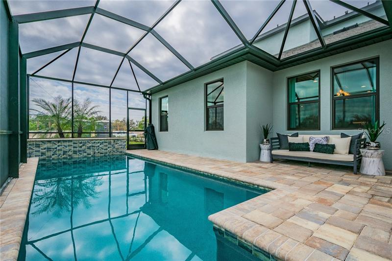 909 WHIMBREL, BRADENTON, FL, 34212
