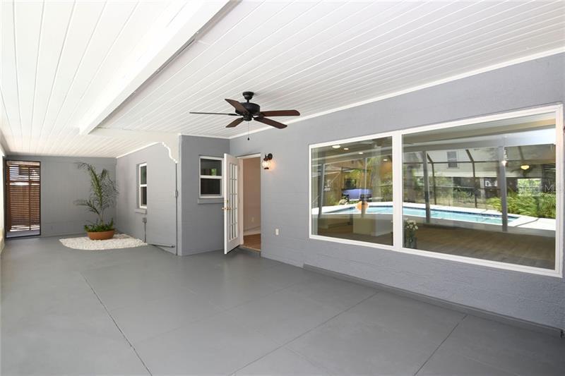 712 TROPICAL, BRADENTON, FL, 34208