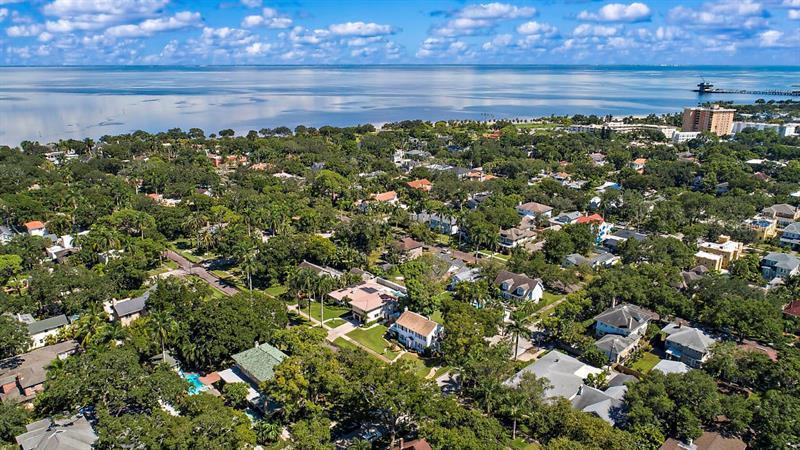 606 NE 18TH, ST PETERSBURG, FL, 33704