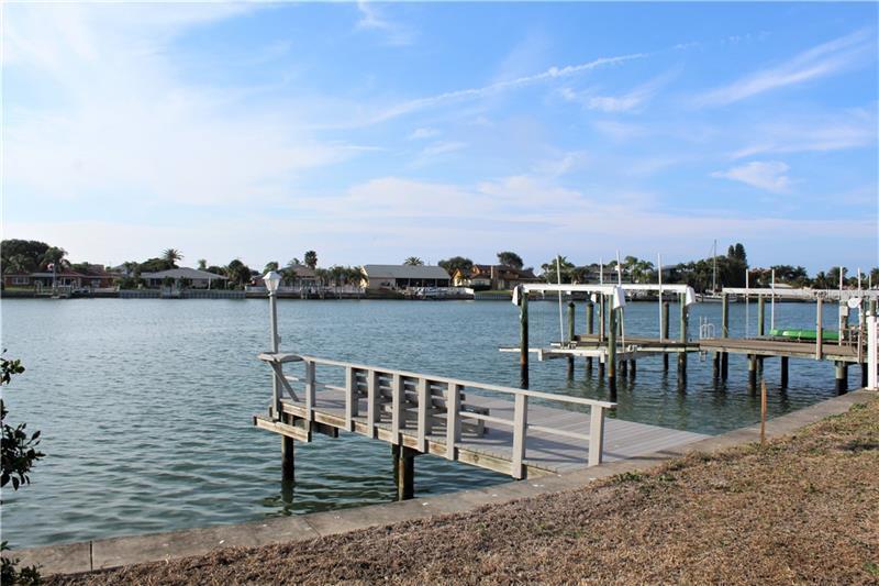 2204  DONATO,  BELLEAIR BEACH, FL