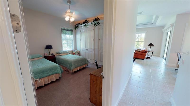1060 FOX HUNT, WINTER HAVEN, FL, 33880