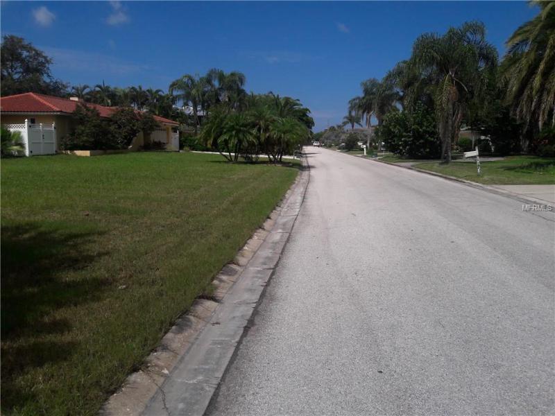 9TH, BELLEAIR BEACH, FL, 33786