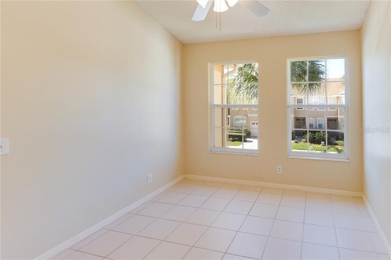 541 NE BLACK LION, ST PETERSBURG, FL, 33716