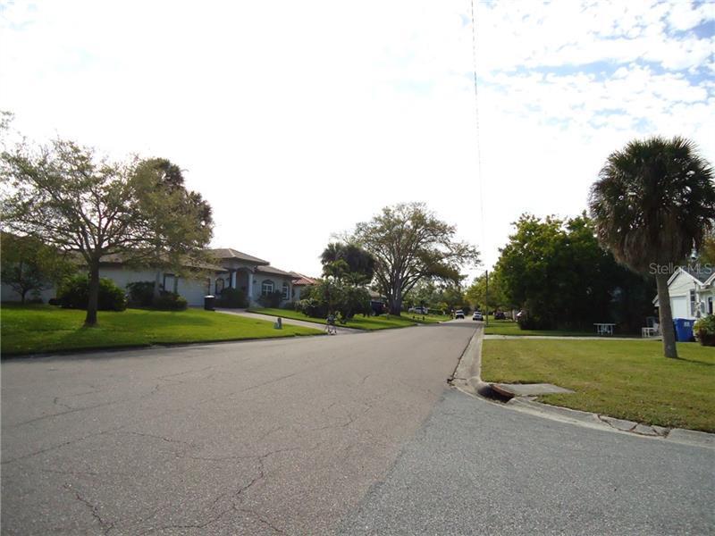 1882 NE MISSISSIPPI, ST PETERSBURG, FL, 33703