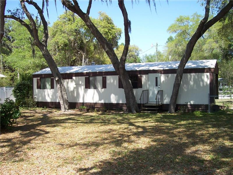 848  CR 484A,  LAKE PANASOFFKEE, FL