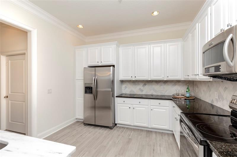 250 N NEWBURY, ST PETERSBURG, FL, 33716