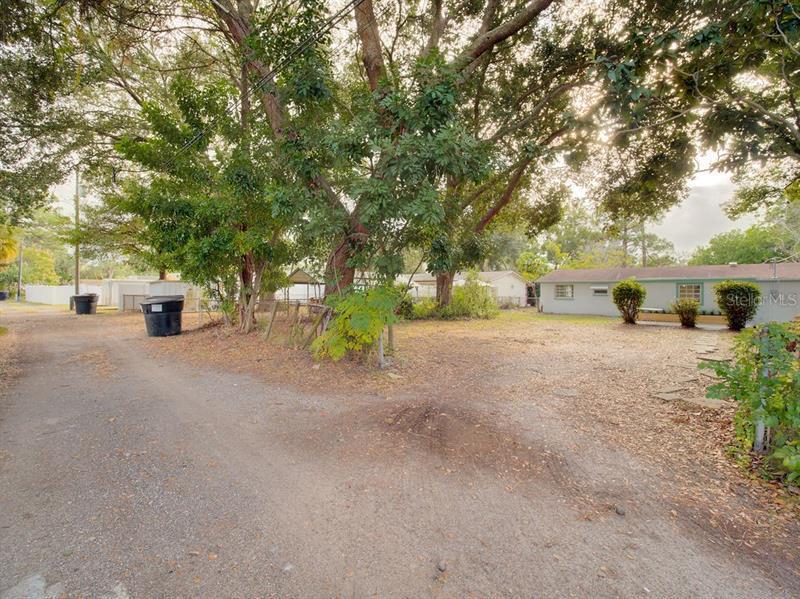 219 SW MONROE, ST PETERSBURG, FL, 33703