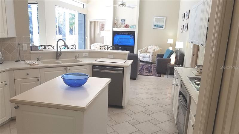 Photo of 6306 Thorndon Circle (A4196432) 8