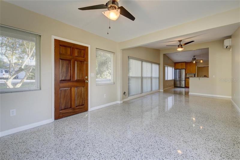 1801 DOLPHIN, BELLEAIR BLUFFS, FL, 33770
