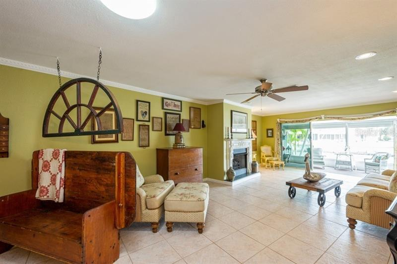 364 BOCA CIEGA POINT, ST PETERSBURG, FL, 33708