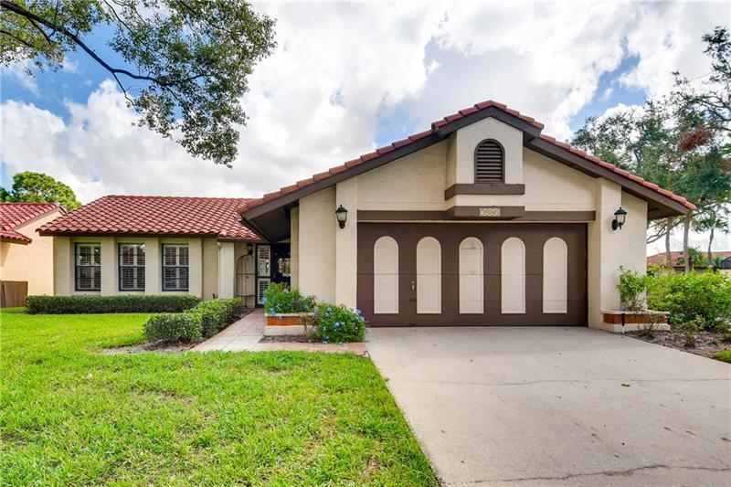 O5541199 Granada Villas Orlando, Real Estate  Homes, Condos, For Sale Granada Villas Properties (FL)
