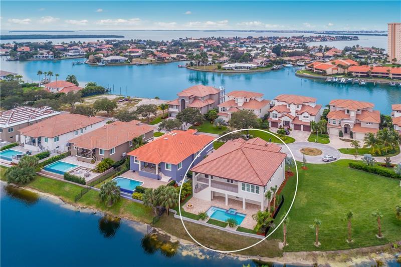 20 S BAYFRONT,  ST PETERSBURG, FL