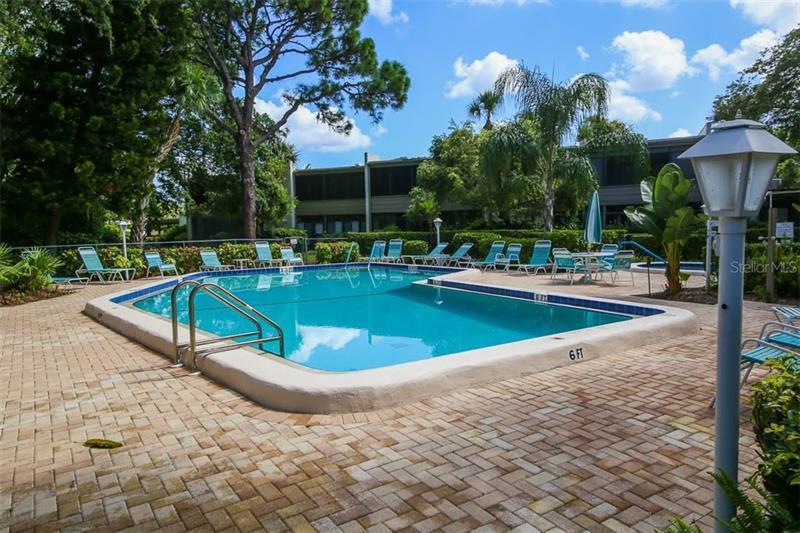 519 LAKESIDE 519, BRADENTON, FL, 34210