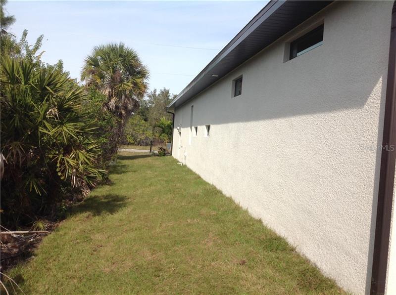 148 WHITE PINE, ROTONDA WEST, FL, 33947