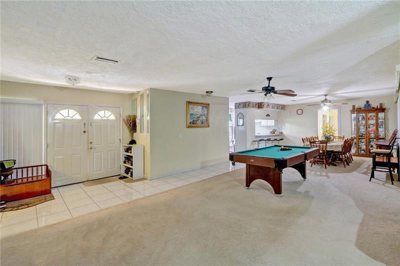111 SE LEWIS, ST PETERSBURG, FL, 33705